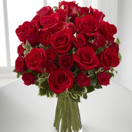 Mixed Red Roses