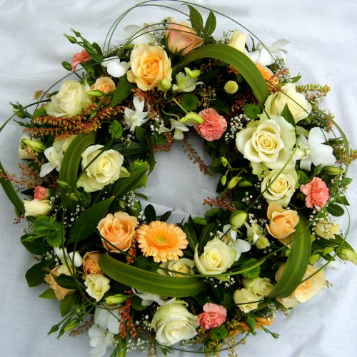 Peach/White Wreath